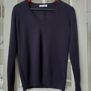 Everlane Cashmere V-Neck Sweater
